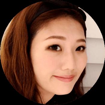 石原由美さんの顔
