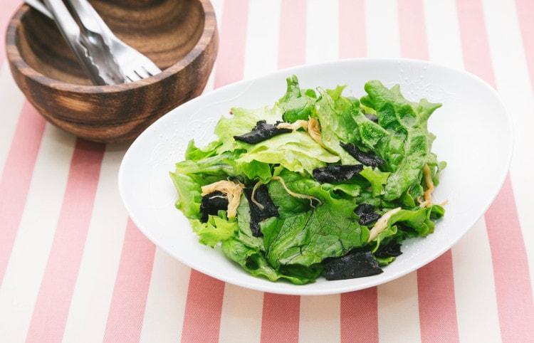ダイエット中の食事 サラダ