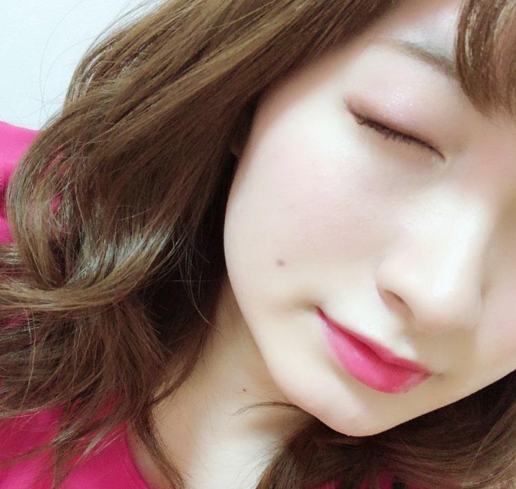 misaki 目を閉じた画像