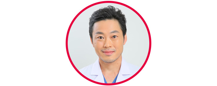 河崎さんは「顔のパーツがよかったので、目と鼻に存在感を出しました」と、施術を担当した湘南美容クリニック新宿院 居川和広 医師。
