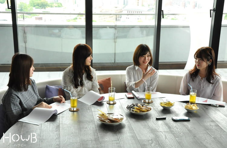 れいぽむ、彩佳ちゃん、京香ちゃん、Airi 使用している二重まぶたアイテムについて話し合い