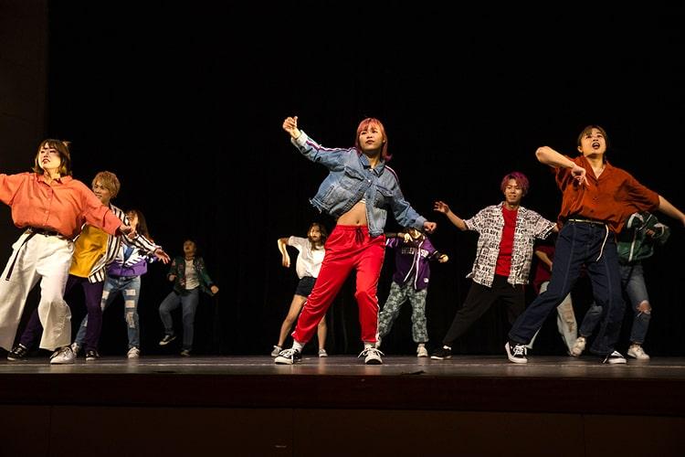 ダンス部によるダンスショー