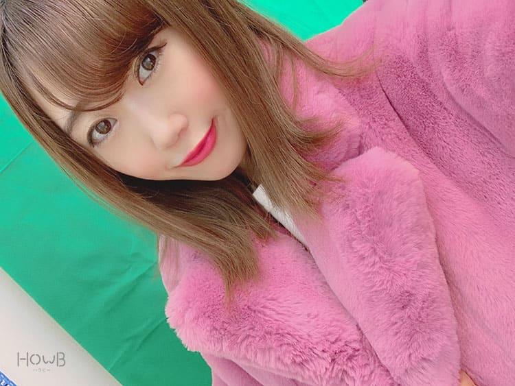ピンクのコートを着るぇっかちゃん